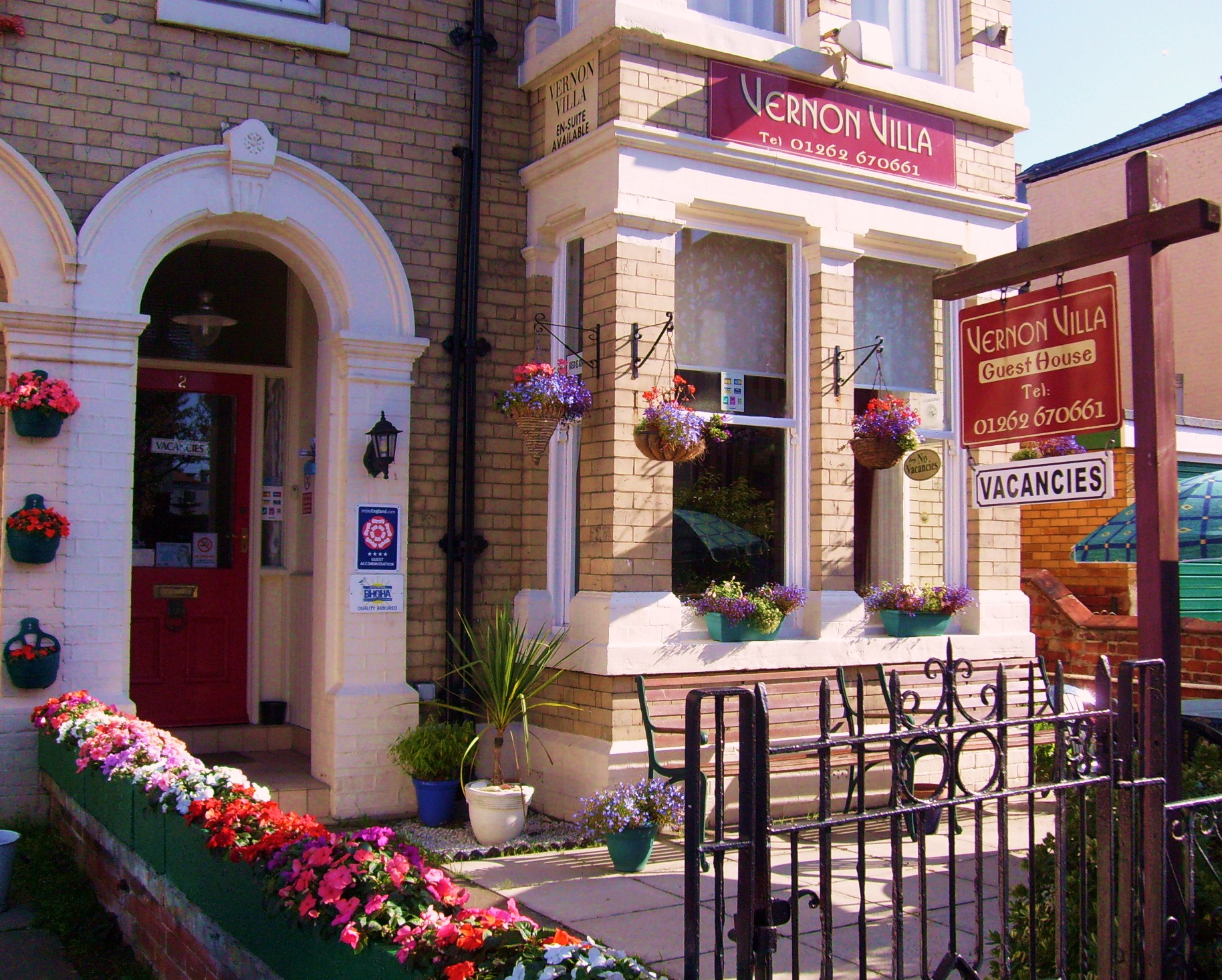 Vernon villa guest house bridlington bed and breakfast b b for Bed and breakfast home